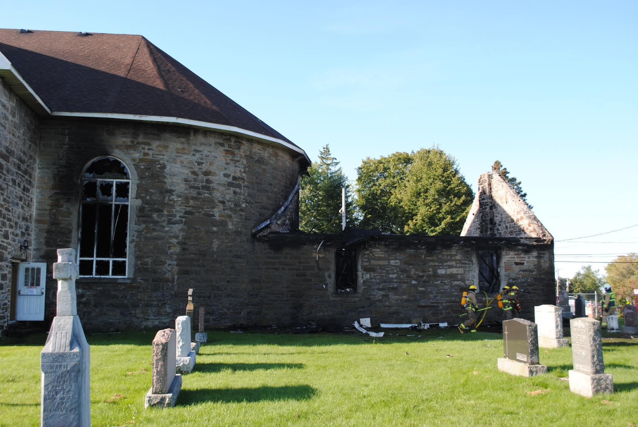 Incendie de l'église: la Ville de Mercier remercie les intervenants
